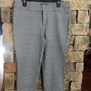 Old Navy Pixie pants in black gingham